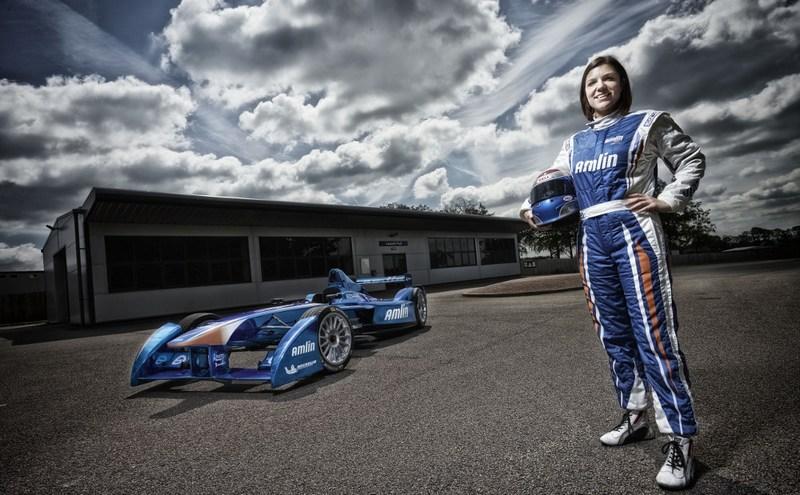 Formula E: Amlin Aguri signs British racer Katherine Legge