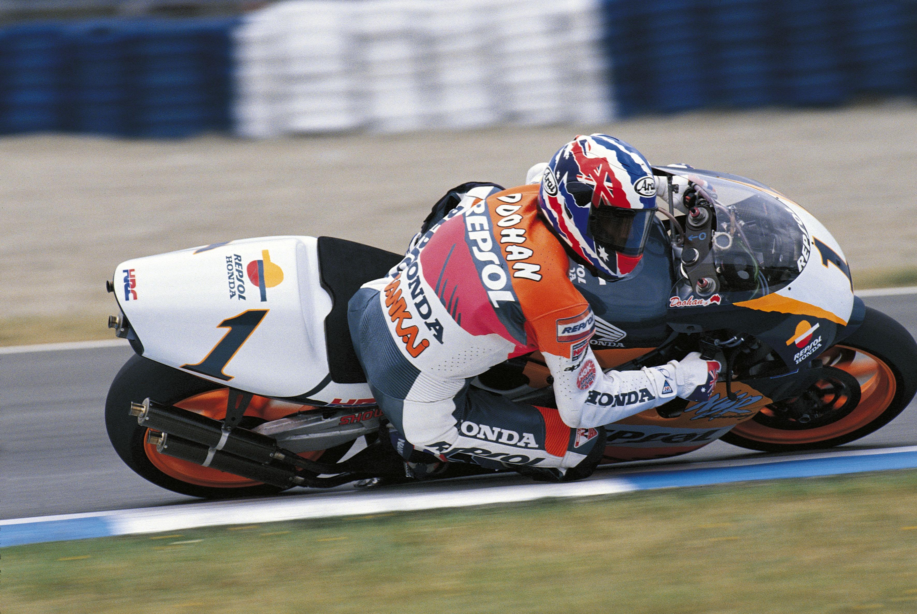MotoGP: Repsol and Honda extend MotoGP collaboration through to 2017   CircuitProDigital