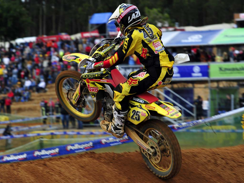 Desalle victorious in Portugal MX1