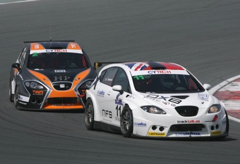 Cytech UAE Touring Car Championship Overall & Class 1 Champion: Jonathan Simmonds – DXB Racing SEAT