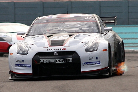100% finishing record for Sumo Power GT team
