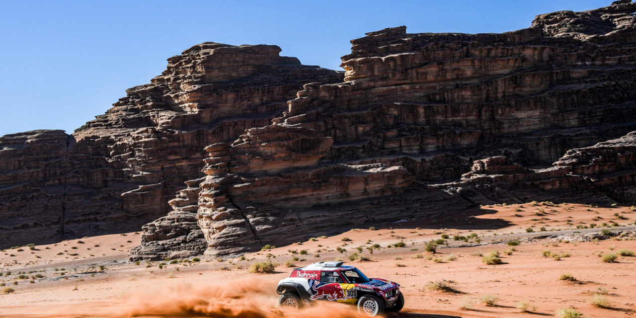 Dakar: Dramatic scenery of third stage in Neom smiles upon Brabec and Sainz