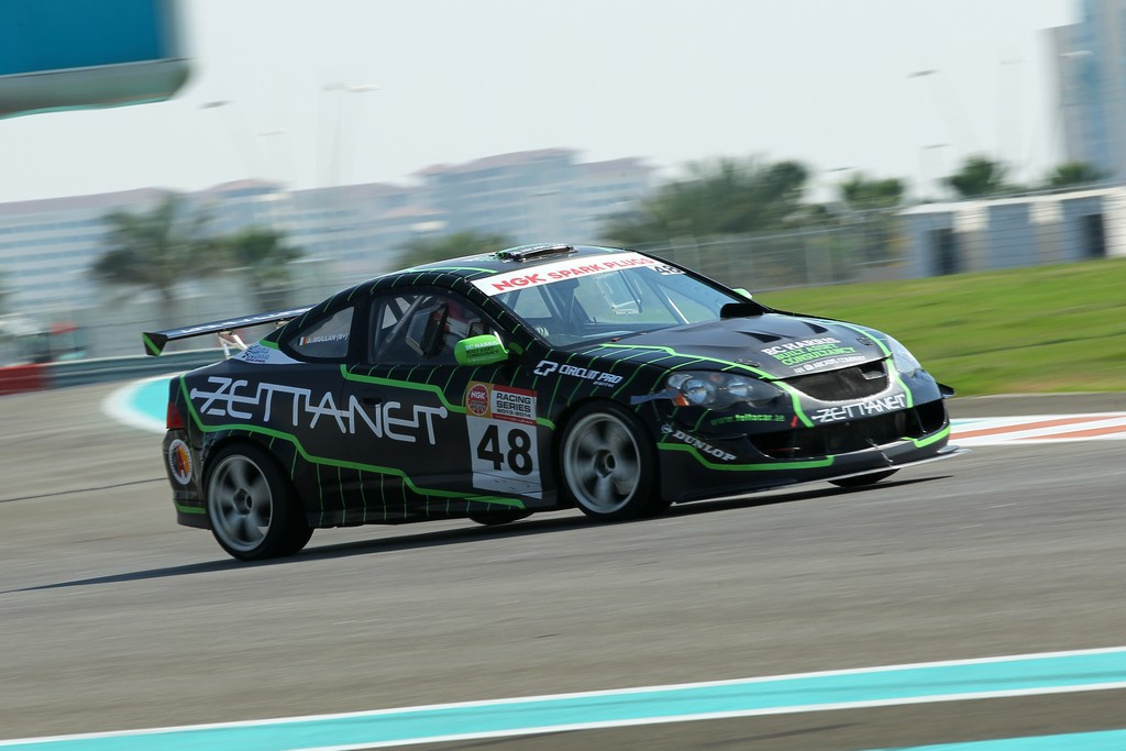 Dubai: Dunlop 24hr 2015 with Zettanet Racing Team (ZRT)