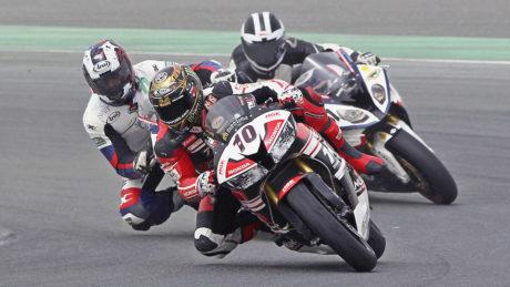 Mahmoud Tannir leads UAE Sportbike Championship