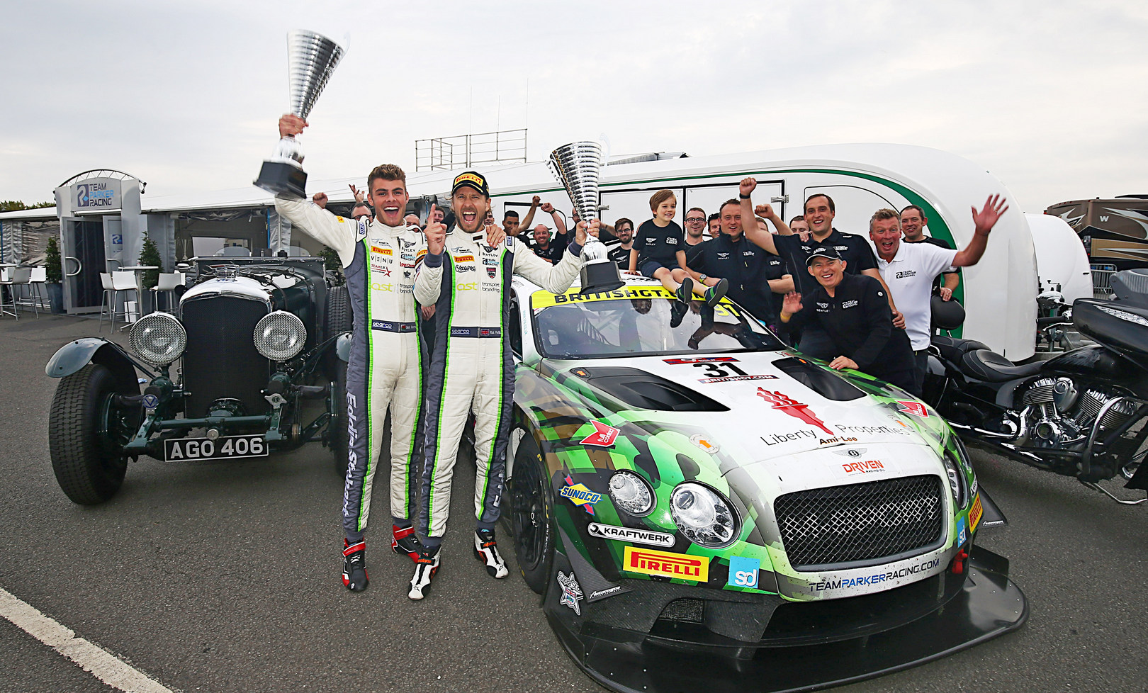 British GT3: Parfitt Jnr and Morris and Bentley crowned British GT3 champions in style at Donington
