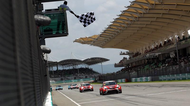 Touring Cars: Inaugural TCR International Series kicks off in Sepang
