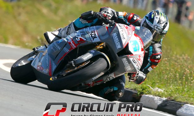 IOM TT 2018 – Supersport race 1 & 2 – Wins for Michael Dunlop & Dean Harrison