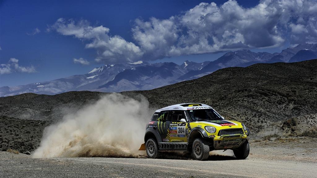 Dakar cars: Nani Roma and Michel Périn win the legendary desert rally with a 1,2,3 for Monster Energy X-raid Team Mini All4