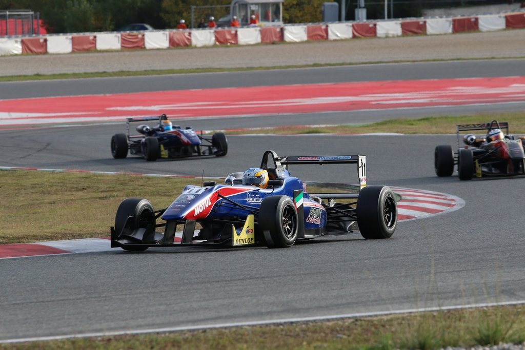 UAE: Dubai driver Ed Jones crowned 2013 European F3 Open Champion in Spain