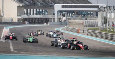 F4UAE_Round5_Race Start