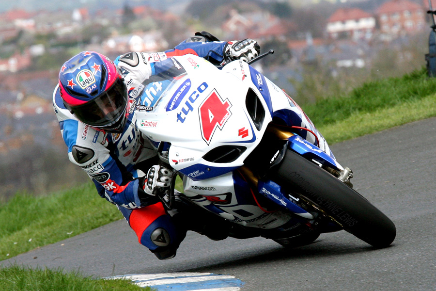 UK: Olivers Mount road racing – Ian Watson Spring Cup – 13th April 2014