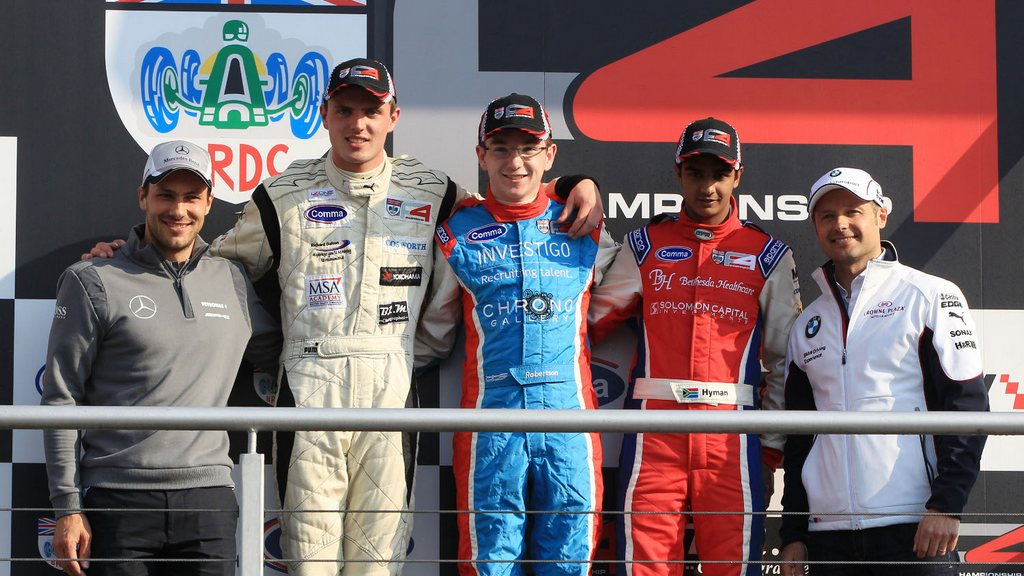 F4: Bell and Robertson claim wins as Dalton extends BRDC F4 championship lead