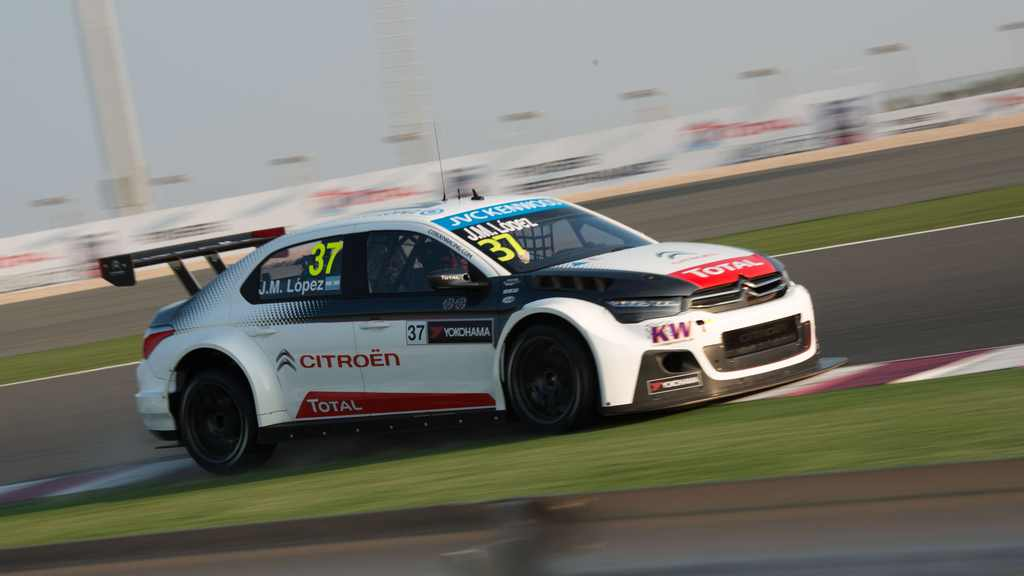 WTCC: Muller wins as Lopez is crowned WTCC World Champion in Qatar night race finale