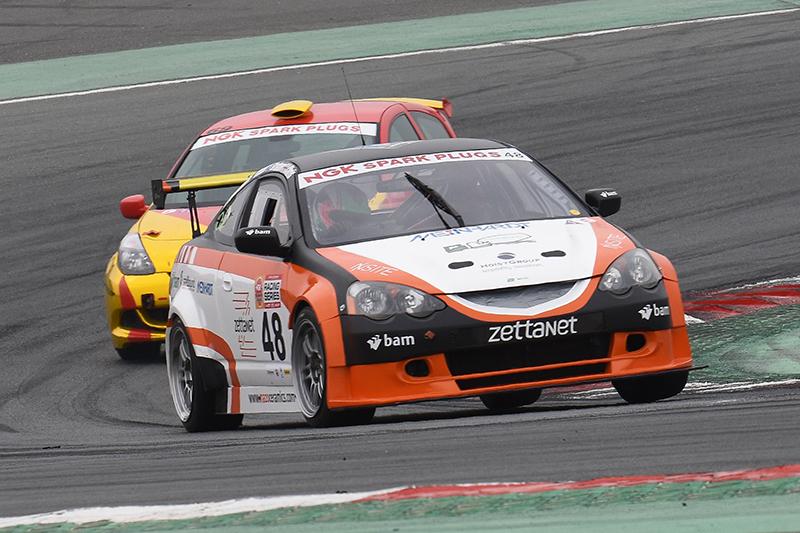 Dubai: ZRT Motorsport take class win in NGK Three hour endurance race at the Dubai Autodrome