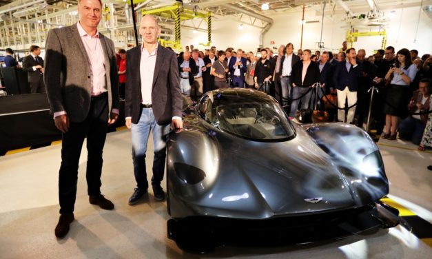 News: Aston Martin and Red Bull Racing unveil radical AM-RB 001 V12 hypercar