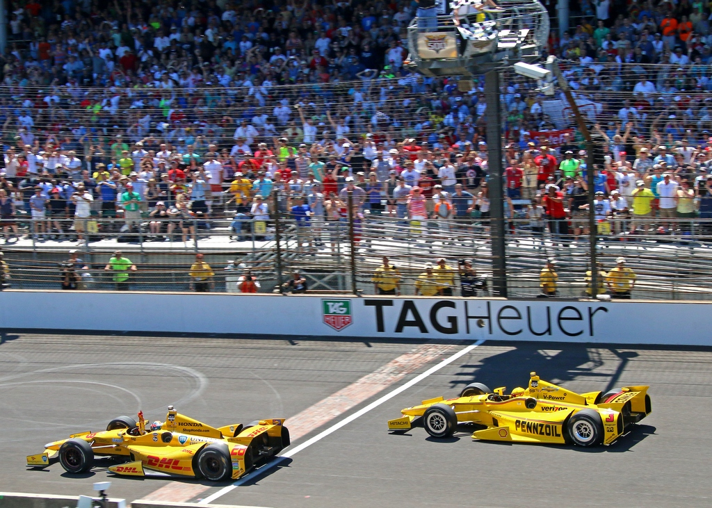 Indy 500: Hunter-Reay wins close fought Indy 500 for Andretti Autosport