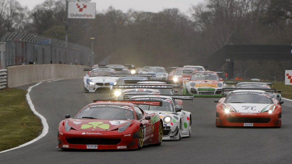 British GT: Trackspeed double victory in season opener of Avon Tyres British GT Championship