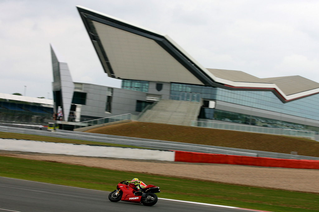 Circuits: Launch of the Silverstone Wing heralds an ...