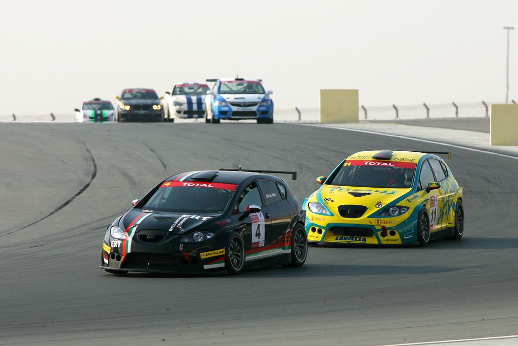 UAE Touring Cars: Exclusive Driver blog by Andre Ramdhanny – 'Wet Behind the Gears'