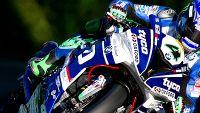 Isle of Man TT: Superbike race – Hutchy's joy, Dunlops woe