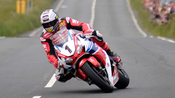 IoM TT: McGuinness wins stunning record breaking Senior TT on last day of Isle of Man TT Races